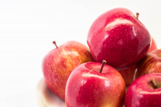 6. りんごやバナナ、イチゴ!